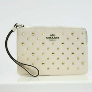 CORNER ZIP WRISTLET WITH RIVETS (COACH F78050)